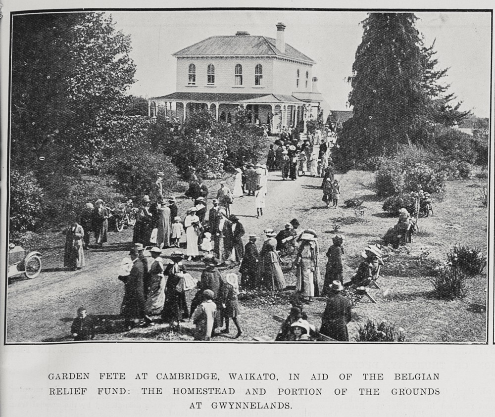 Garden fete at Cambridge, Waikato, in aid of the Belgian Relief Fund: The homestead and portion of the grounds at Gwynnelands. - Auckland Libraries