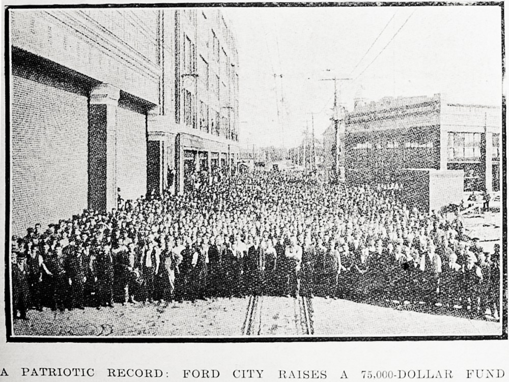 A patriotic record: Ford City raises a 75,000-dollar fund - Auckland Libraries