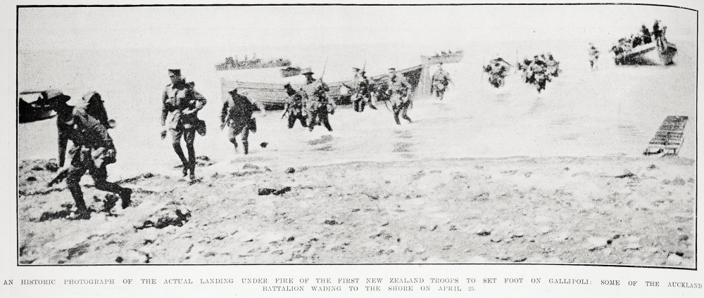 An historic photograph of the actual landing under fire of the first New Zealand troops to set foot on Gallipoli: some of the Auckland battalion wading to the shore on April 25. - Auckland Libraries