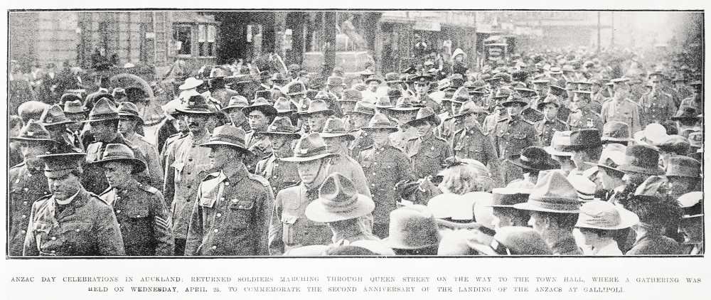 Anzac Day celebrations in Auckland: returned soldiers marching through Queen Street on the way to the Town Hall, where a gathering was held on Wednesday, April 25, to commemorate the second anniversary of the landing of the Anzacs at Gallipoli. - Auckland Libraries