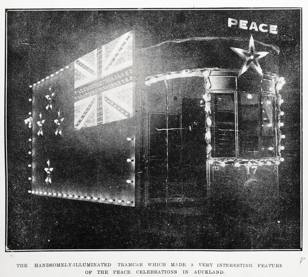 The handsomely-illuminated tramcar which made a very interesting feature of the peace celebrations in Auckland. - Auckland Libraries