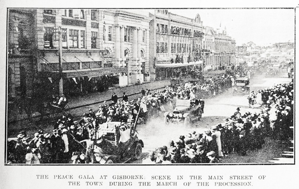 The peace gala at Gisborne: scene in the main street of the town during the march of the procession. - Auckland Libraries