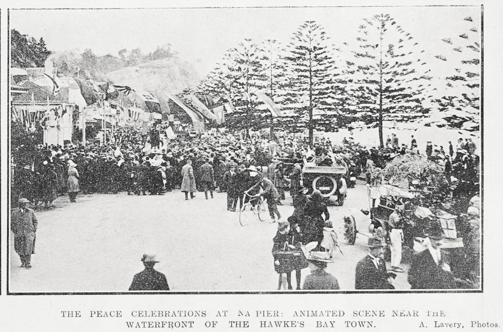 The peace celebrations at Napier: animated scene near the waterfront of the Hawke's Bay town. - Auckland Libraries