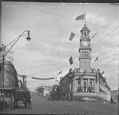 Stereoscope taken from Queen Street looking across towards the.... - Auckland Libraries